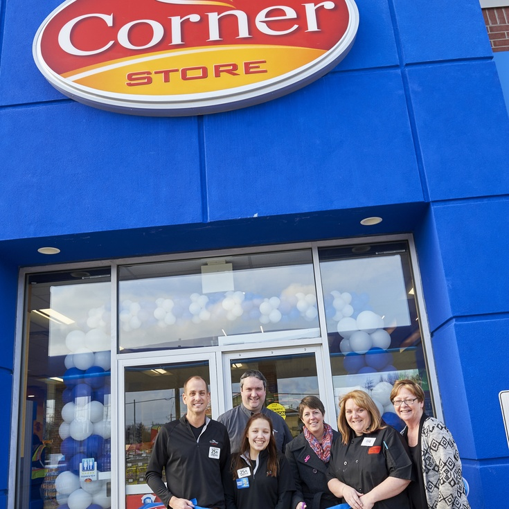 A first Corner Store with Ultramar service station opens in Thornbury